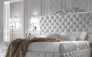 Кровать с каретной стяжкой в интерьере