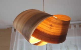 Люстры в деревянном интерьере