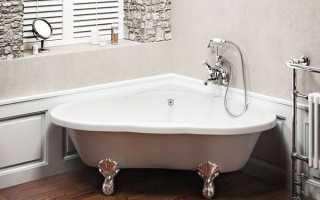 Дизайн маленькой ванной с угловой ванной