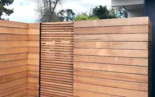 Интересный забор из дерева
