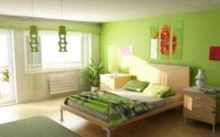 Комната с салатовыми обоями