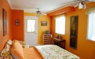 Какие шторы к оранжевым обоям