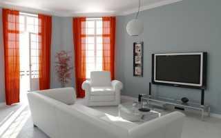 Интерьер гостиной с балконом и окном