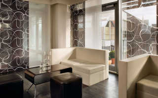 Дизайн штор для зала с балконом