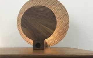 Плафон из дерева