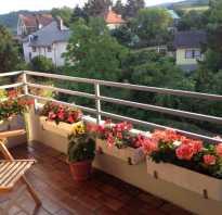 Дизайн балкона с цветами