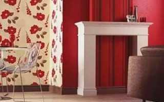 Комната с красными обоями